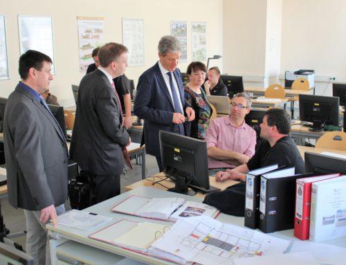 Thüringer Kultusminister Helmut Holter besucht die Fachschule